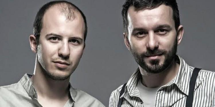 Porto Valitsa introduce Zak Stefanou & Giannis Veniamin in a music event at July 31 (Full moon)