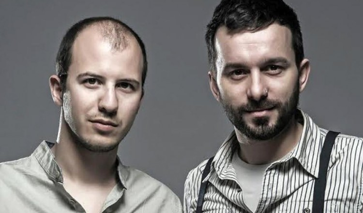 Porto Valitsa introduce Zak Stefanou & Giannis Veniamin in a music event at July 31 (Full moon)