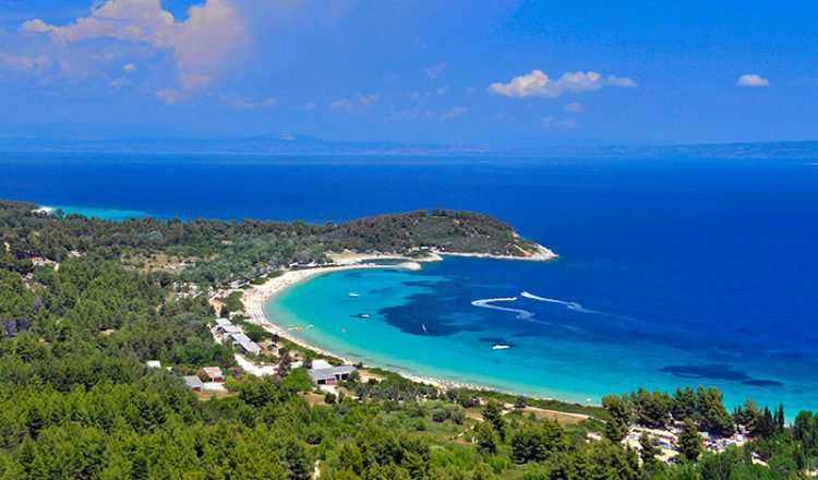 Best beaches to enjoy near Porto Valitsa